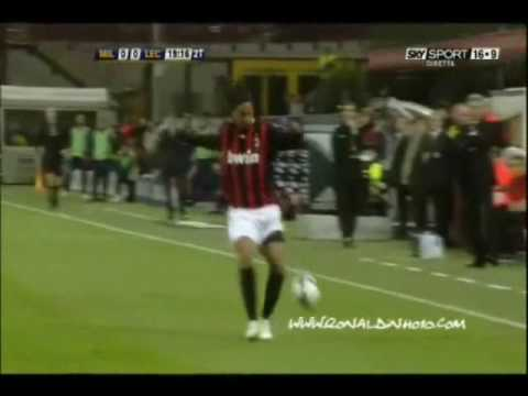 Ronaldinho Freestyle Milan 2009-2010 video