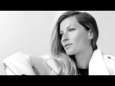 Gisele Bündchen Wears the JITTERBUG Boot | Stuart Weitzman Fall 2014 Collection