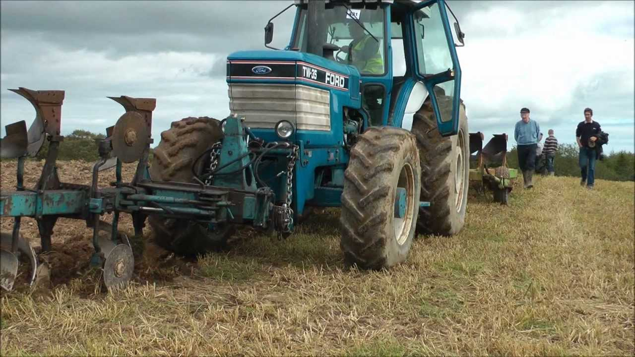 Ford Tw 35 Tractor Youtube