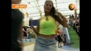 Watch Azul Azul Tanga video