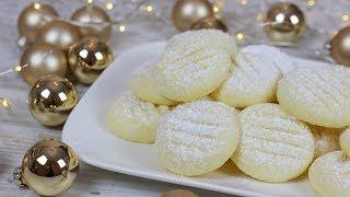 Schneeflocken Plätzchen - Die zartesten Kekse auf der ganzen Welt mit nur 5 Zutaten
