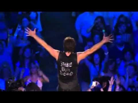 Bon Jovi - It's My Life (Live at Madison Square Garden) 2008