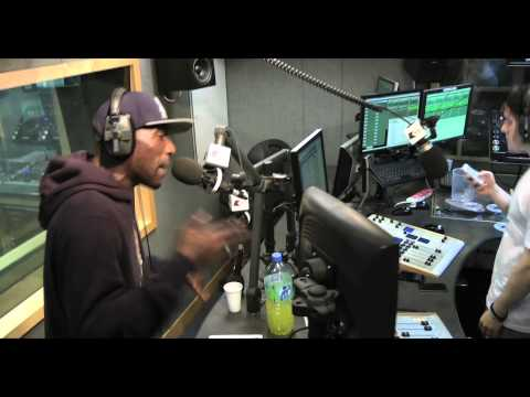 Diesle [D Power] 'Versus' Masro – Shut Your Trap Live on Kiss | 01.07.12 | Grime, UKG, Rap