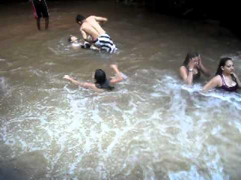 cachoeira em pulinopolis prox de mandaguaçu com minha filha