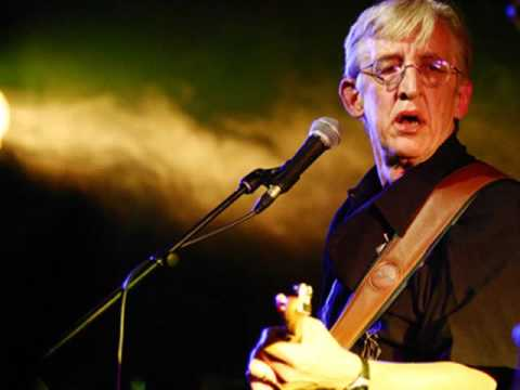 BILL KIRCHEN - Tombstone Every Mile - (Audio fan site)