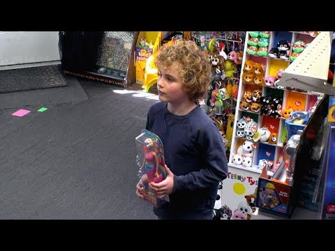 Mom argues with child over gender appropriate toys | What Would You Do