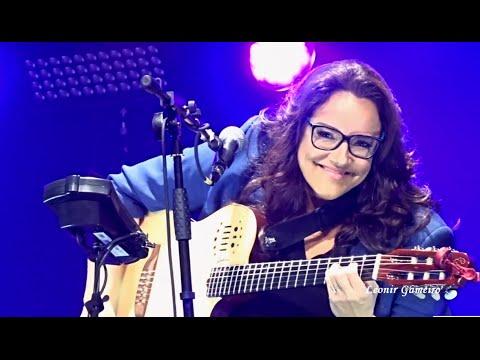 Ana Carolina - A Canção Tocou na Hora Errada