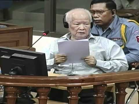 Khmer Rouge leader defends communism at genocide trial