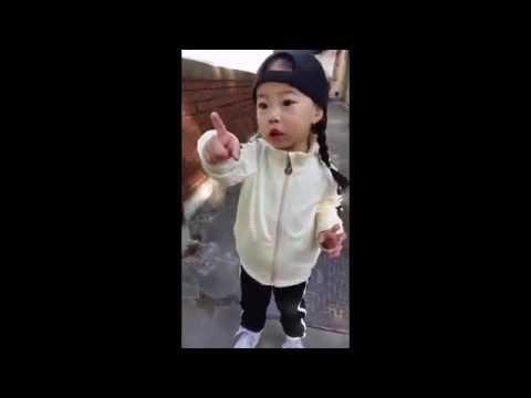 [ENG SUB] Yebin Practicing Her Taekwondo 태권도하는 예빈이