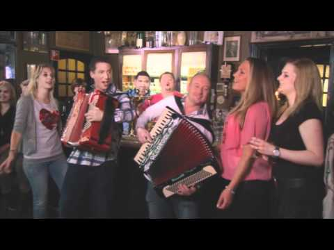 Officiële videoclip Frans Duijts & Django Wagner - In Ons Café