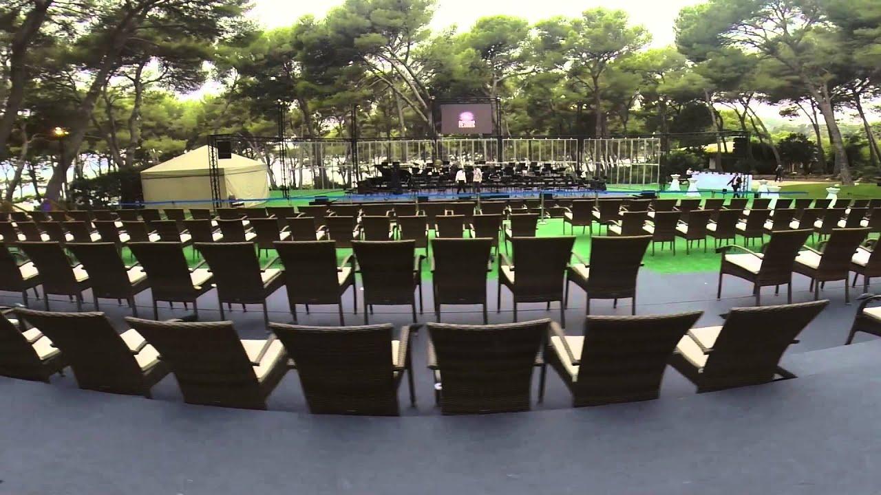 Escenario frente al mar youtube for Barcelo jardin mar