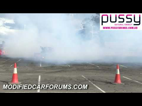 SIMBAD catches fire at Street Machine Nationals 2010