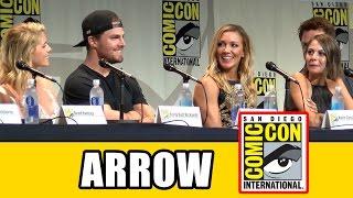 Arrow Comic Con 2015 Panel - Season 4, Stephen Amell, Emily Bett Rickards