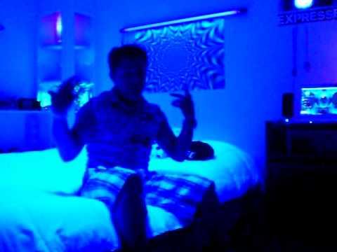 Mi habitacion con un nuevo estilo uniko youtube - Habitaciones con luces ...