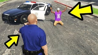 I Try Playing as the Police in GTA 5!