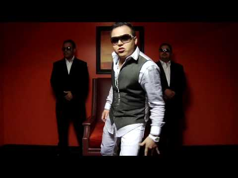 Gerardo Ortiz - A La Moda Video Official (hd).avi video