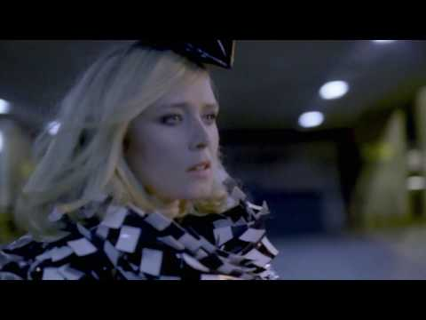 Download  Róisín Murphy - Overpowered   Gratis, download lagu terbaru
