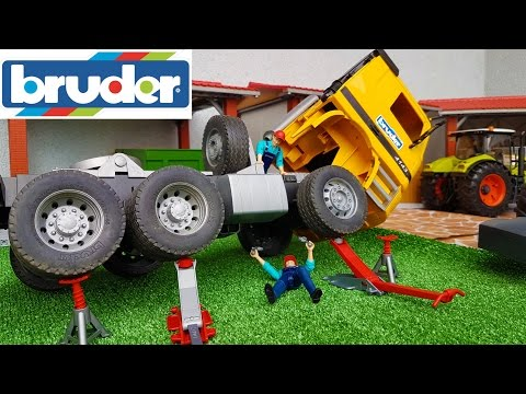 BRUDER toys RC Truck crash!