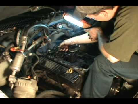 Vortec 5.7 350 head gasket, water pump & timing chain replacement, Chevy/ GM