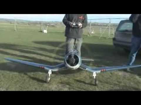 F4-U corsair with Radial engine