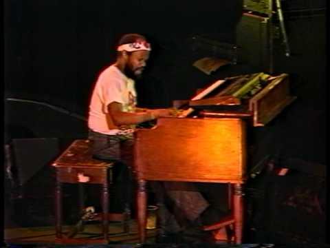 Blues Brothers - Soul Finger Live