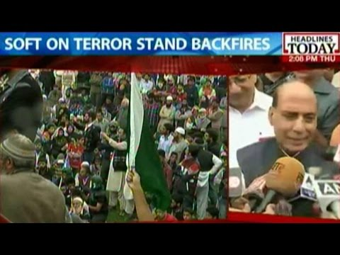 Rajnath Singh Says He Has Spoken  To J&K CM About Pro-Pakistan Rally
