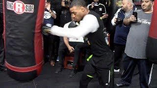 Errol Spence Jr. shows how you should hit the HEAVY BAG W/ Combos & Power