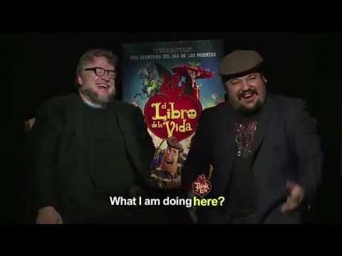 Diego Luna, Del Toro, Ana de la Reguera y Sandra Echeverría cantan
