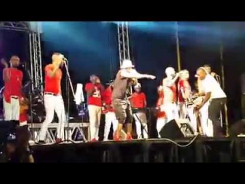 Concert FALLY IPUPA à Conakry Esplanade Palais du Peuple ( Extrait)