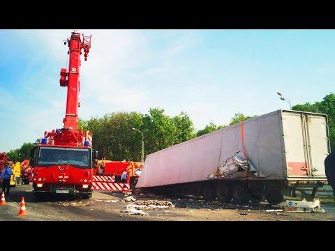 Best truck crashes, truck accident compilation 2016 Part 7
