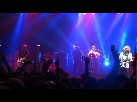 Status Quo Juniors Wailing Frantic Four First song first gig Manchester 2013