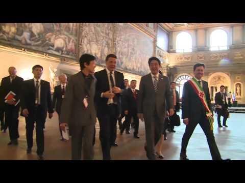 Arrivo del Primo ministro giapponese, Shinzo Abe, a Palazzo Vecchio (02/05/2016)