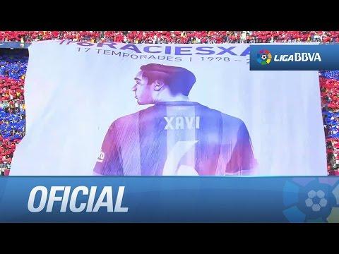 Mosaico en homenaje a Xavi, en su despedida del Barça