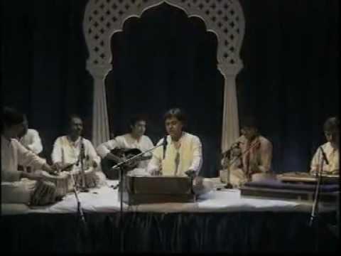 Aah ko chahiye kya ik umr asar hone tak & Intro Live HQ Ghalib...