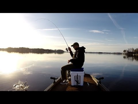 Fishing for Perch & Bass on a Gorgeous