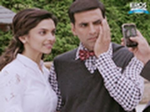 Akshay Kumar Is Camera Conscious - Housefull