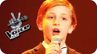 Max Raabe - Küssen kann man nicht alleine (Nestor) | The Voice Kids 2015 | Blind Auditions | SAT.1