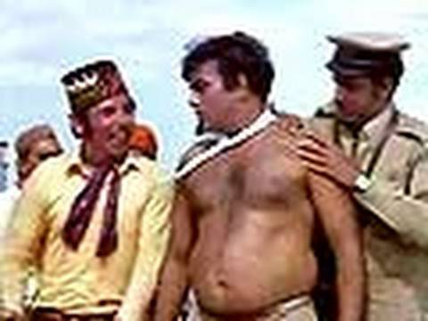 Bombay To Goa Funny Scenes - Mehmood Boxing Scene video