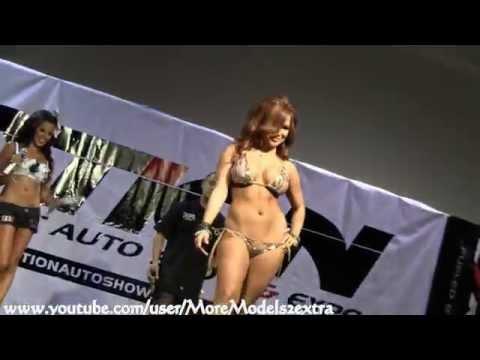 Motion Autoshow 2011 Long Beach   Jeri Lee