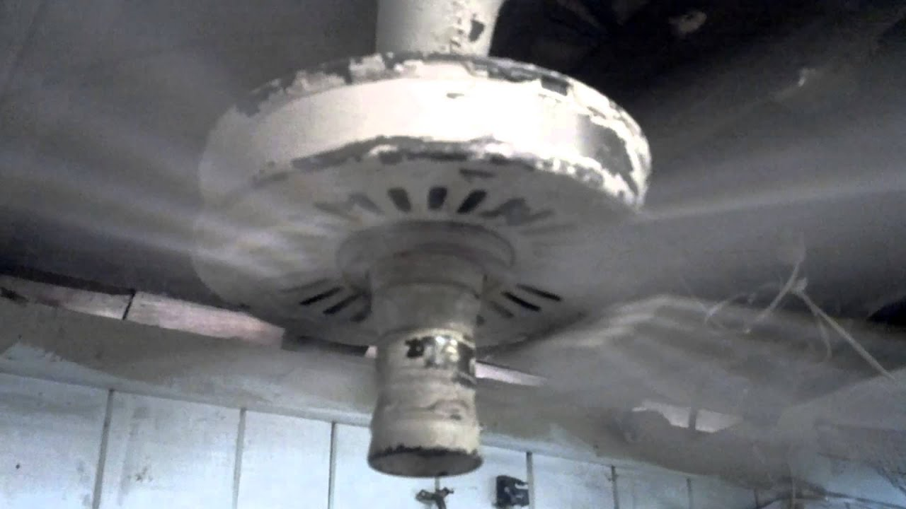 Burnt Out Antique Emerson Ceiling Fan Running Youtube
