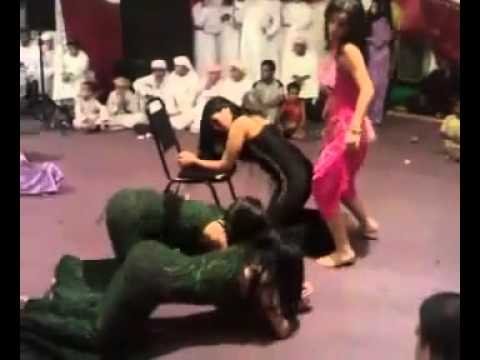 saudi dance big party & private.flv