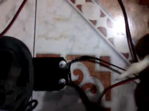 M�quina rotativa con pedal casera