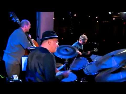Jazz Performance - #3 - Guitar Lesson - Mimi Fox