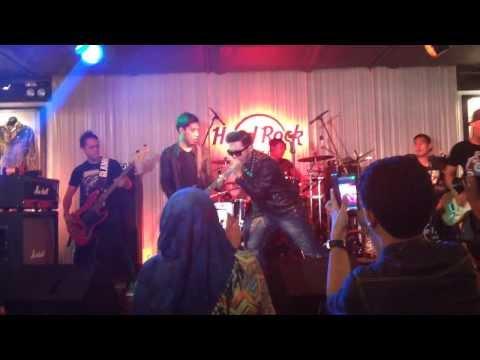 Five Minutes Galau - Hard Rock Cafe Kuala Lumpur 23 Oct 2013 video
