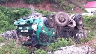 Lật xe kinh hoàng tại QL 4B vào Lộc Bình - Lạng Sơn
