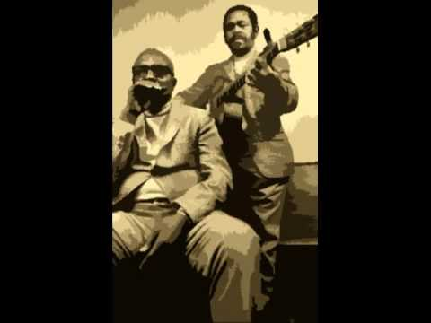 Mean Ole Frisco (Brownie McGhee&Sonny Terry, 1946) Ragtime Blues Guitar