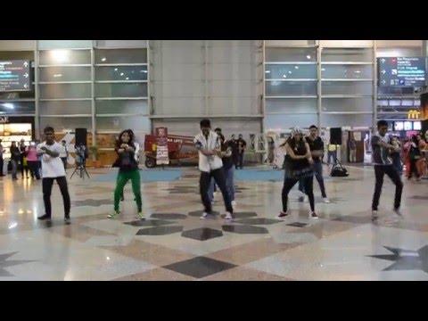 Piofest Kl 2013 - 2nd Flash Mob  Kl Sentral video