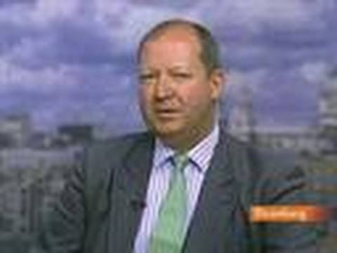 FT's Stovin-Bradford Discusses Prudential, BA, BP CEOs: Video