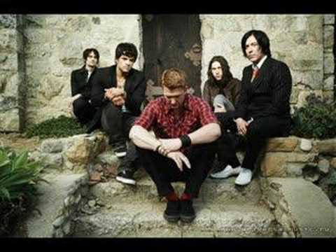"""[RARE ACOUSTIC] """"No one knows"""" - Queens of the Stone Age"""