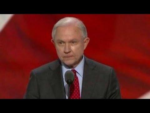Sen. Jeff Sessions nominates Donald Trump for president